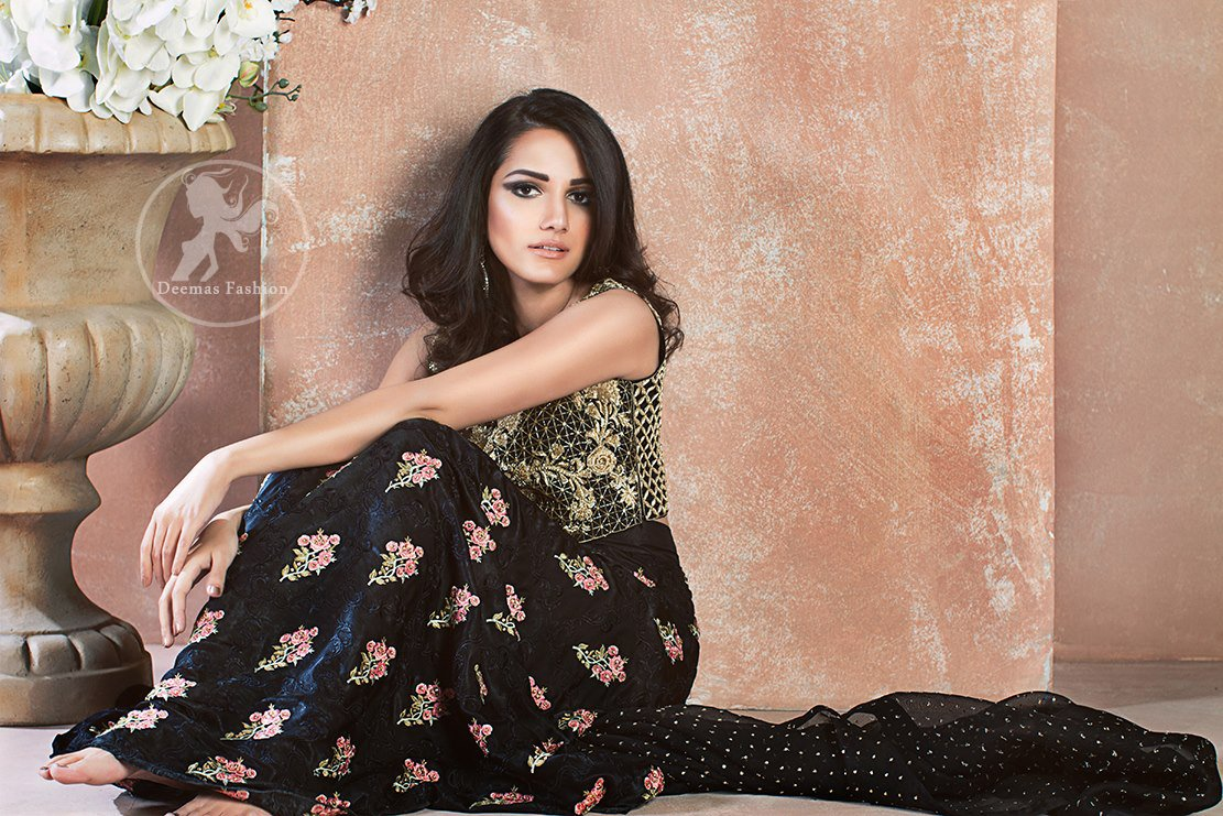 Black Embroidered Blouse Skirt - Banarsi Dupatta